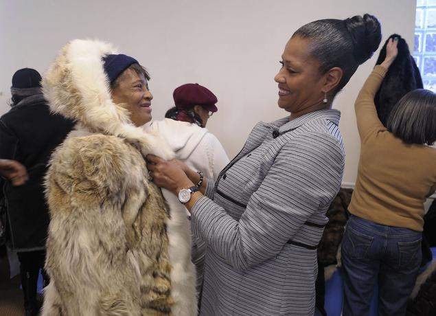PETA-Hands-Out-Fur-Coats-To-The-Homeless