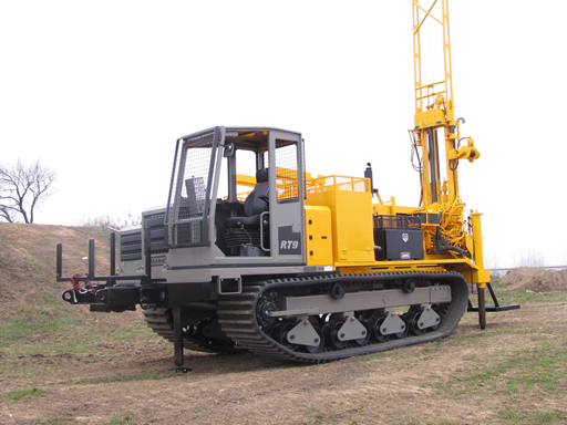 Terramac-RT9-Carrier-Auger-Drilling-Rig70