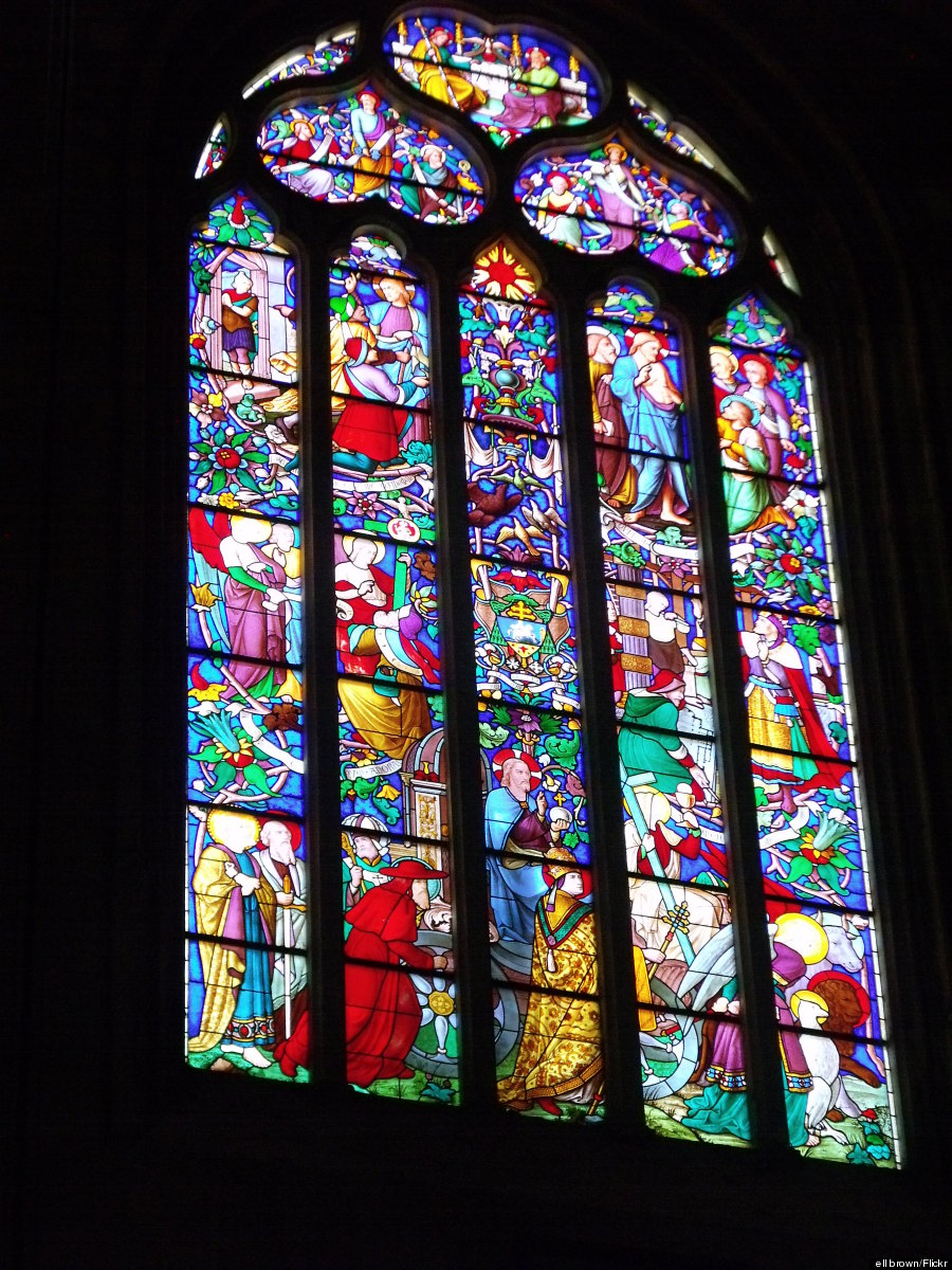 o-AIX-CATHEDRAL-WINDOW-900