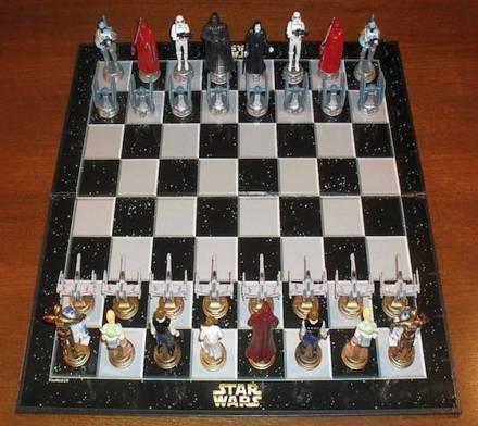 Star-Wars-Classic-3D-Chess-Set